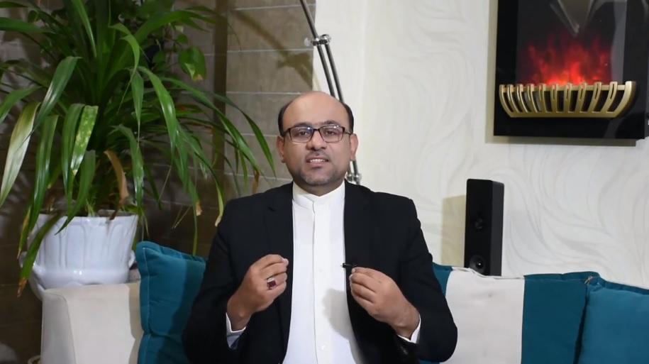 مهمترین کسی که باید نسب به او حس خوب داشته باشیم - دکتر مهدی مومن زاده